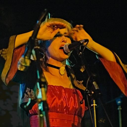 Subhash: Ana Gardel