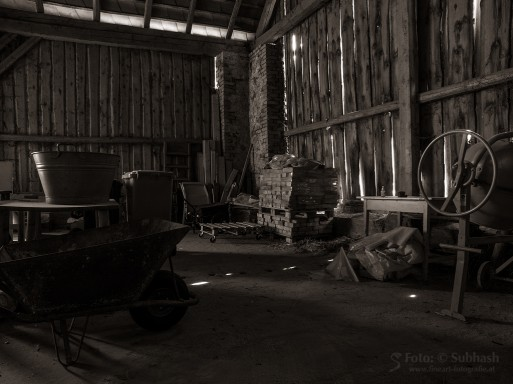 "Subhash: ""Barn #8610"""