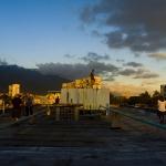 Sonnenuntergang am Dach des Blocks 19